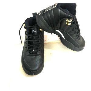 Jordan Retro 12s Black and Gold 153265-013